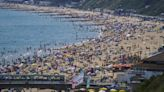 Temperatures to soar to 33C this week after extreme heat warning