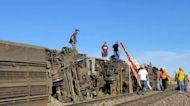 Federal investigators probing cause of deadly Amtrak derailment