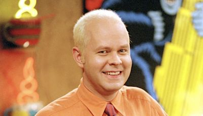 Friends stars Jennifer Aniston and Courteney Cox lead tributes to James Michael Tyler following his death