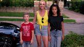 Netflix's 'Ginny & Georgia' Isn't the New 'Gilmore Girls.' It's a Mess