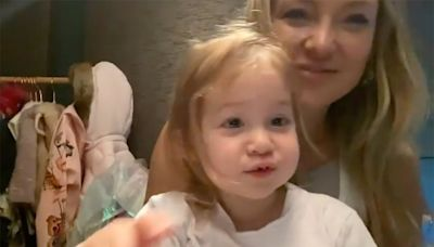 Watch Kate Hudson and Daughter Rani, 2½½, Perform Adorable ABC Sing-Along: 'Teach Em Young'