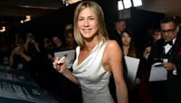 Jennifer Aniston says she 'absolutely' won't use dating apps and prefers the 'normal' way of dating