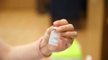 疫苗「混打」沒時間表 醫護等不及了!要求開放自選第2劑、隔8周就能打 | 蕃新聞