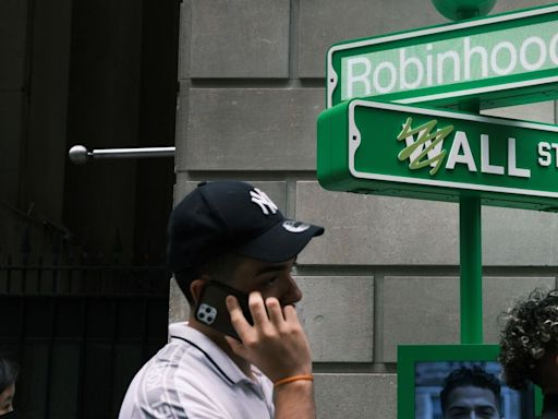 Robinhood users have access to three IPOs this week — before you buy, beware of these facts