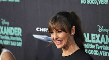 Jennifer Garner Reveals How Growing Up in Poverty Affected Her Parents