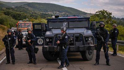 Serbia increases troop presence at Kosovo border