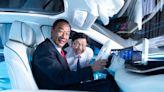 鴻海科技日公布3款電動原型車,納智捷、中華汽車成首發客戶,入門款售價不到百萬 - The News Lens 關鍵評論網
