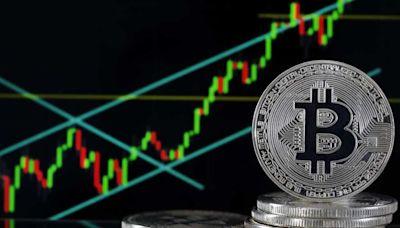 【Bitcoin】外電:SEC不會阻比特幣ETF下周推出 比特幣再逼6萬美元 - 香港經濟日報 - 即時新聞頻道 - 即市財經 - Hot Talk