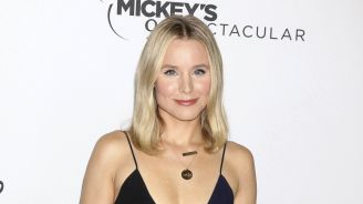 Kristen Bell Uses 'Snow White' To Teach Her Girls Lessons About Consent