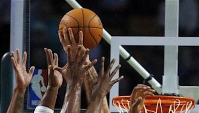 NBA公鹿字母哥飆40分無用 羅素率灰狼踢館成功