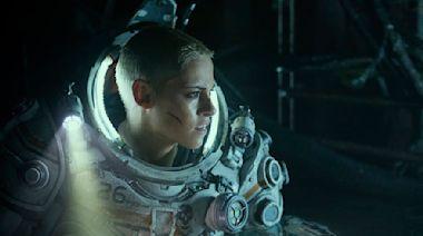 'Underwater' Is the Year's First Fun, Batsh*t-Crazy Movie—Despite T.J. Miller's Presence