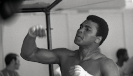 Opinion: 'Muhammad Ali' documentary doesn't shy away from boxer's flaws