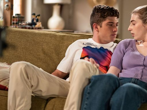 Neighbours' Hendrix hints at stronger feelings for Mackenzie after near-kiss