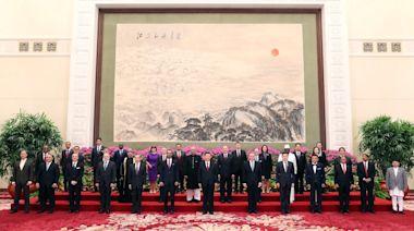 朝鮮及英國等29國新任駐華大使向習近平遞交國書