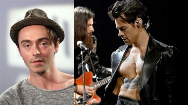 Harry Styles挑戰全裸 與男拍檔拍床上戲 | 蘋果日報