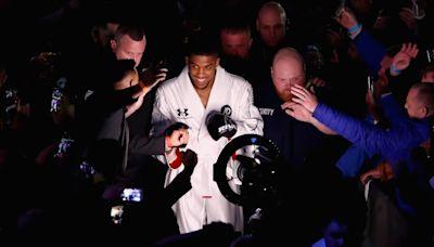 Anthony Joshua vs Oleksandr Usyk ring walks: What time will fight start in the UK tonight?