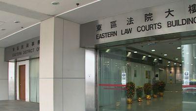 外賣員拉低口罩吸煙並拒向警員出示身份證 罰款8千元 - RTHK