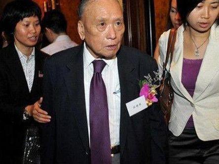 前男友是胡應湘兒子,爺爺齊名包玉剛,她如今卻嫁給好閨蜜的弟弟