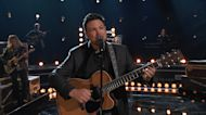 """Ian Flanigan and Blake Sing """"Mammas Don't Let Your Babies Grow Up to Be Cowboys"""" - Voice Live Finale"""