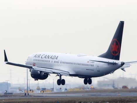 Coronavirus: Canadian airlines sued after refusing to refund cancelled flights