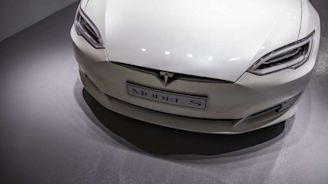 Tesla to Revamp Asia Business Structure to Focus on China