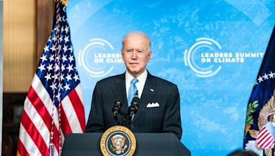 Biden, top automakers unveil new target of 50% electric vehicle sales by 2030