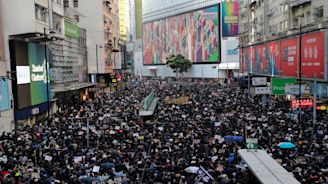 爭民主不會停!迎人權日12.8香港大遊行