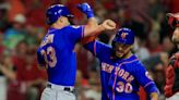 Mets hit seven HRs, beat Reds in extras despite another Diaz blown save