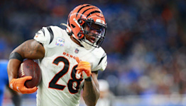 Bengals take 34-17 lead with Joe Mixon 21-yard touchdown
