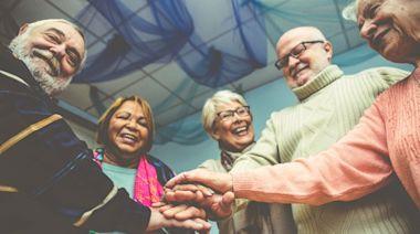老年生活的新伴侶關係:何謂Living Apart Together Relationships? - The News Lens 關鍵評論網