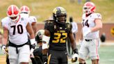 Kansas City Chiefs expected to sign rookies Nick Bolton, Trey Smith, sources say