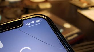 InvisibleShield Glass+ Privacy screen protector: Keep your iPhone XS safe from drops and prying eyes | ZDNet