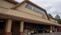 Albertsons raises guidance after shopping surge