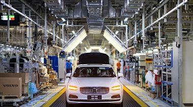 VOLVO展現 2040 碳中和決心 與瑞典 SSAB 鋼鐵製作商合作 - 工商時報