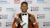 Watch Israel Adesanya's moving historic Halberg Awards Sportsman of the Year acceptance speech