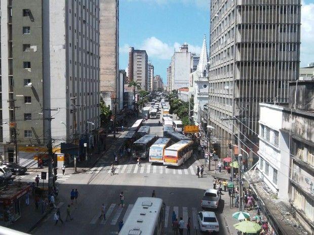 FOTOS IMAGENS;Cobrador de ônibus é morto em tentativa de ...