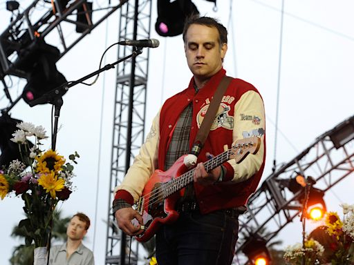 Chet 'JR' White, Bassist, Producer for Indie Rock Outfit Girls, Dead at 40