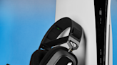 Corsair HS80 RGB WIRELESS Gaming Headset PS5/PS4/PC Review - More Suitable for PC Players