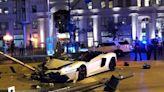 與警車相撞半毀罕見Lamborghini大牛變身Liberty Walk寬體粉紅薔薇