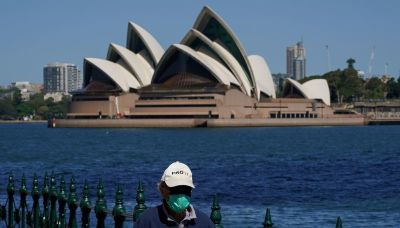 Sydney COVID-19 cases ease further as focus shifts to reviving economy