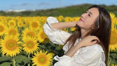 46歲林志玲售賣獨家美照,皮膚緊緻身材好,性感咬指超撩人