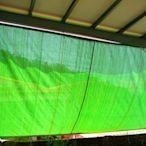 達人帆布老店: 扁紗針織綠+黑網+彩色網手動拉繩捲起*左右拉式遮光網*頂樓遮陽*鐵屋隔熱.