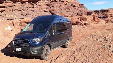 工作玩樂兩相宜!ModVans 發表兩部新的模組化露營車產品