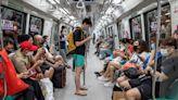 吉隆坡輕軌列車意外 兩百人受傷 兩成受訪者擬移民 董建華:沒有遠見  李多寅被起底 繼父曾坐監四年  5月25日.Yahoo早報