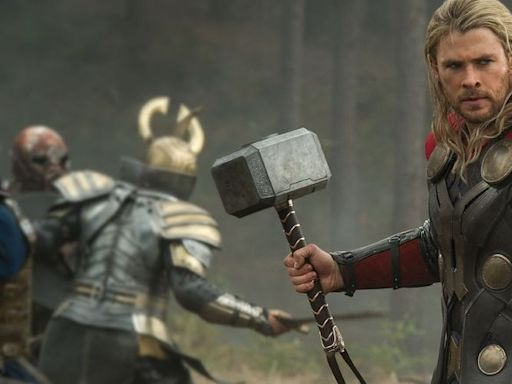 Chris Hemsworth Shares Photo from THOR: LOVE AND THUNDER Set