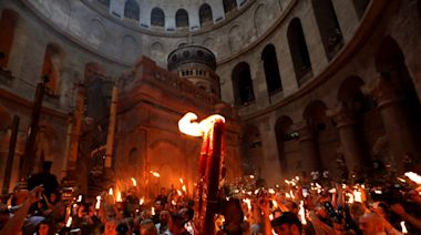 Orthodox Christians mark 'Holy Fire' Easter ceremony in Jerusalem