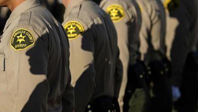 Few police agencies have given L.A. prosecutors the names of dishonest cops