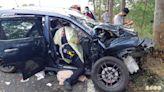 男開車睡著猛撞路樹!台東一家4口濺血 3歲女童昏迷