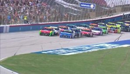 Chaos for playoff drivers; Kyle Larson first to advance to Championship 4
