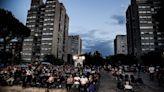 Il cinema in piazza illumina le notti di Tor Bella Monaca